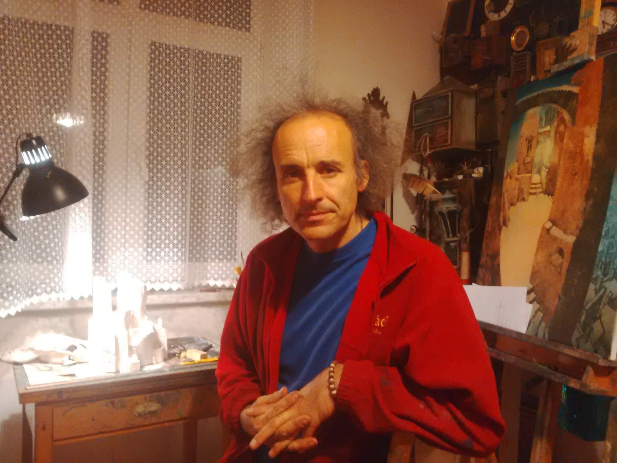 Pavel Čech ve svém ateliéru