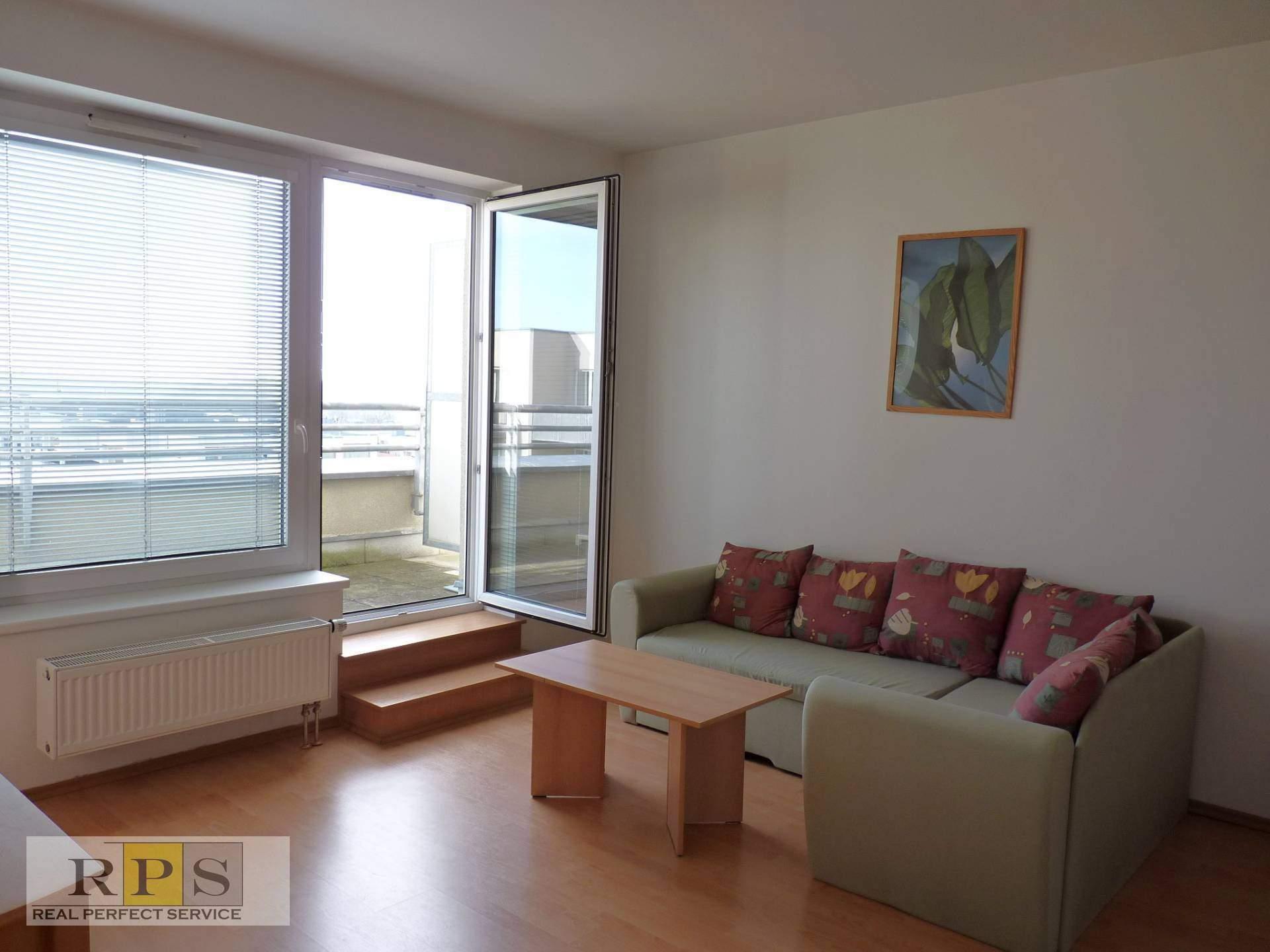Pěkný byt 2 + KK / T / GS, 60 m2 OV ul. Za zámečkem, Praha 5 - Jinonice