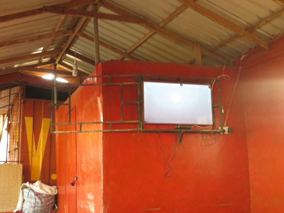 Televízor na stanici