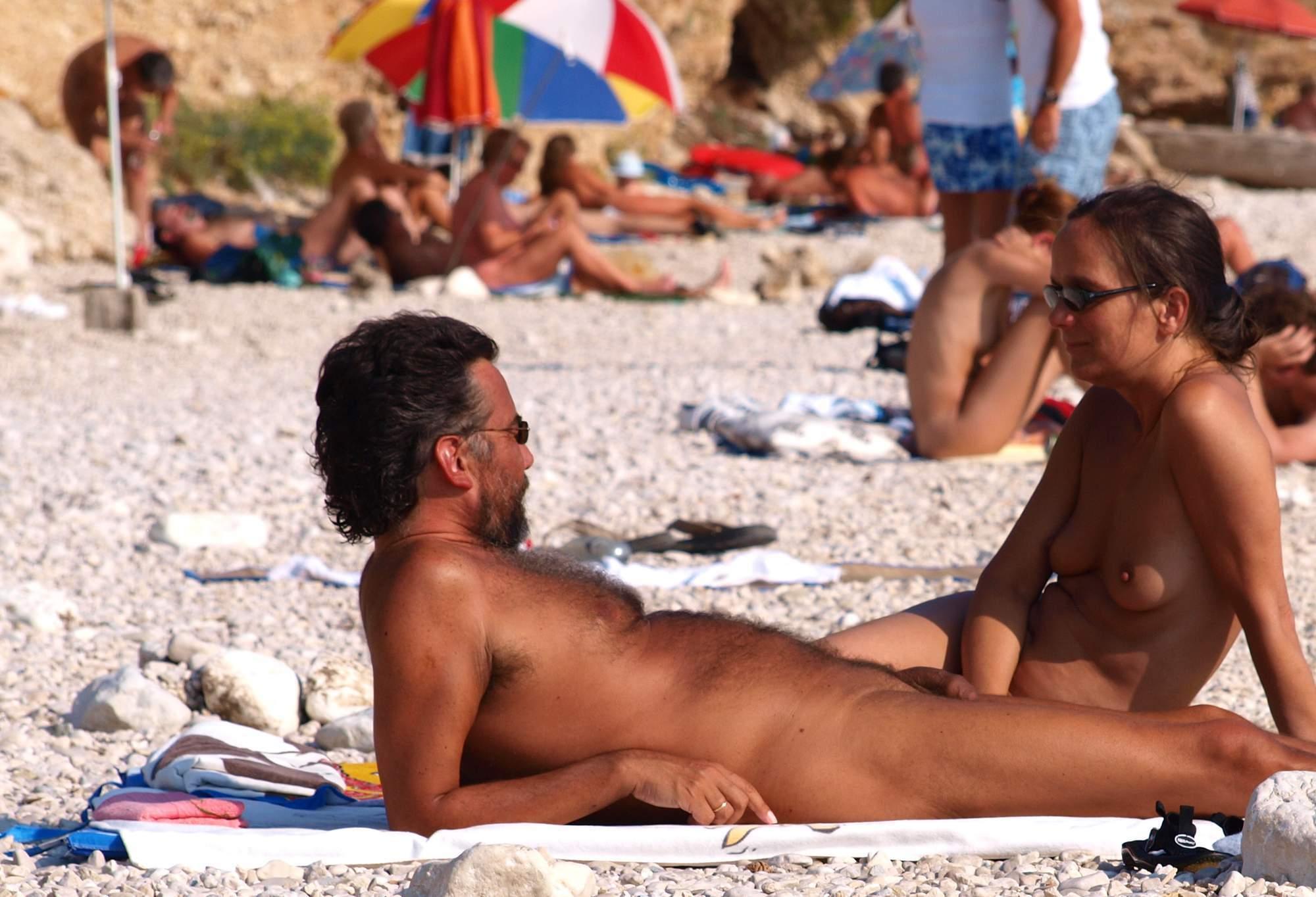 luchshie-nudistskie-plyazhi