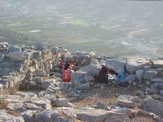 2004 mysterium Kréty - hora Juktas - Po celonoční cestě za vizí v troskách minojské svatyně vítáme ráno