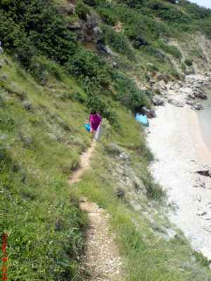 Přístupový chodníček na pláž :-)