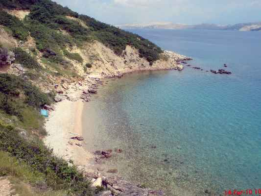 celkový pohled na pláž Rozin bok