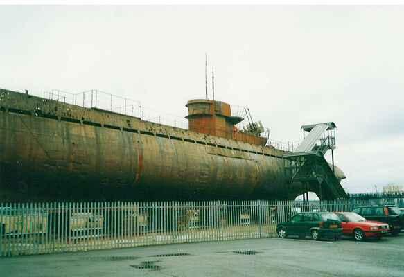 U-534 v Birkenhead,rok 2002