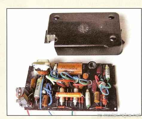 Gama - jednokanálový plně tranzistorový přijímač se spínacím relé na výstupu