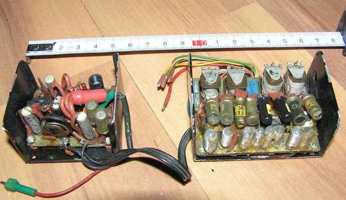 4-povelový přijímač Poly 4 z roku 1969 s kmitočtovými filtry a miniaturními spínacími relé