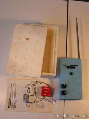 Vysílač TX Mars II a přijímač RX Mars Mini pracující v pásmu 27 MHz.