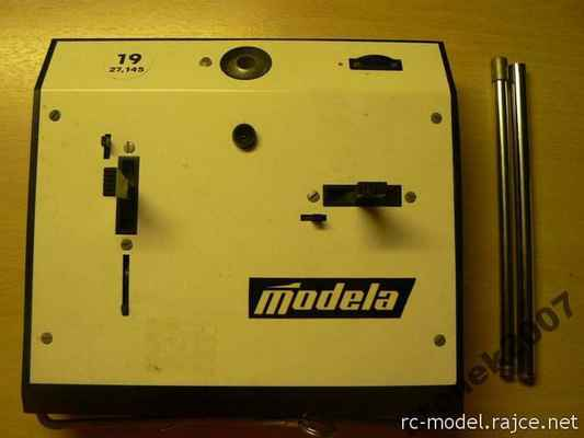 Inovovaná verze vysílače Modela Digi 2+1. Zvláštností bylo použití ovladačů z předchozích jednokanálových vysílačů  TX Mars II.