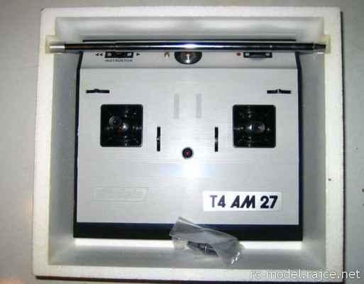 Původní vysílač TX Modela T4 AM27