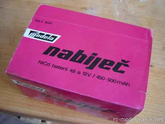 Prodejní obal nabíječe baterií - Modela