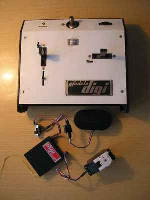 RC souprava Modela Digi 2+1 - sestava vysílač TX + přijímač RX + servo ST1 (Tesla Kolín) + Aku s vypínačem
