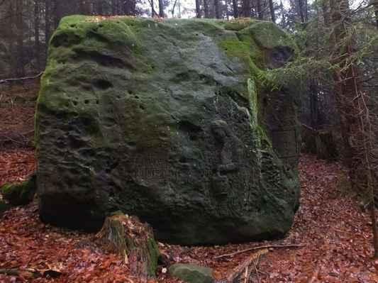 někde v těchto místech v zimě roku 1812 umrzlo malé děvče, sirotek z nedalého rousínova...