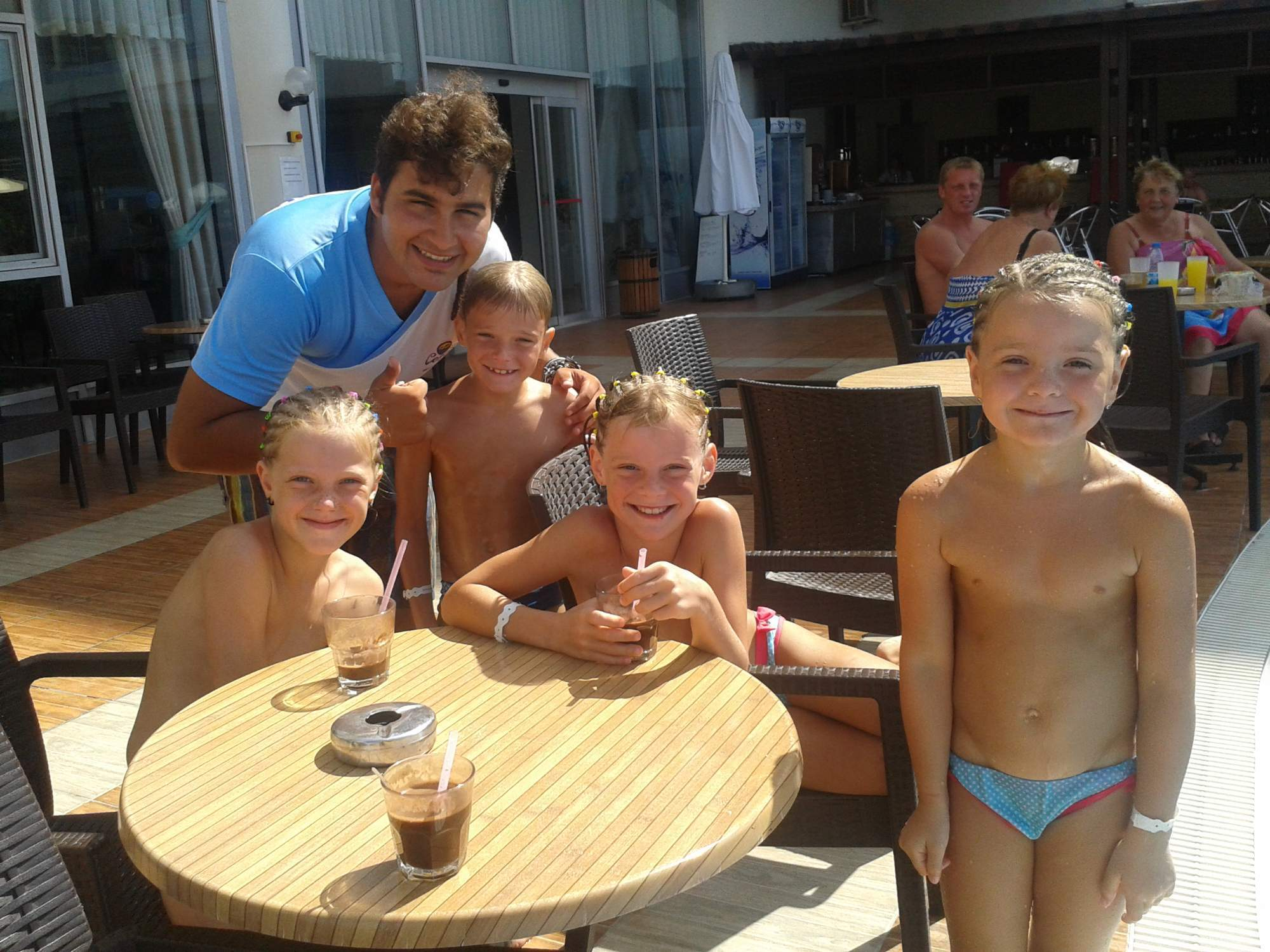 Mum Rants About Naked Dad Changing In Front Of Daughters In Swimming Pool Changing Room